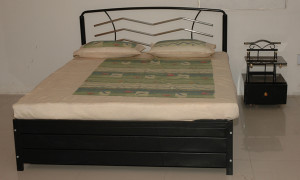 double-sized-bed-white-metal-double