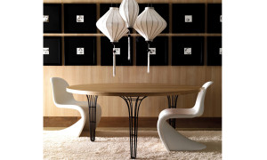 wooden-round-tables